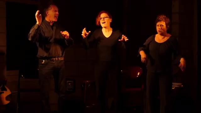 rurutu on stage